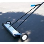 MAGNETIC FLOOR SWEEPER